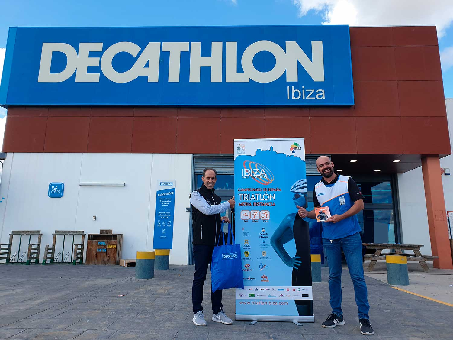 DECATHLON Con El Ibiza Half Triathlon