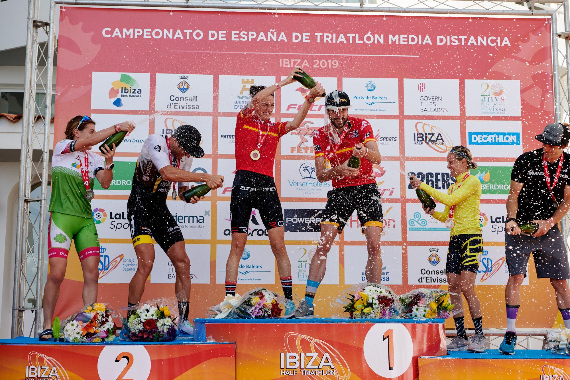 Helene Alberdi Y Ander Okamika Nuevos Campeones De España De Triatlón Media Distancia 2019